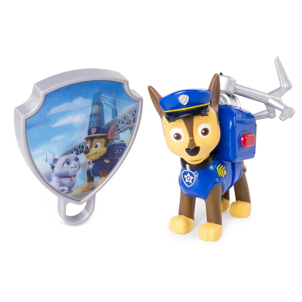 PAW Patrol - Action Pack Chase with Extendable Hook and Collectible Pup Badge
